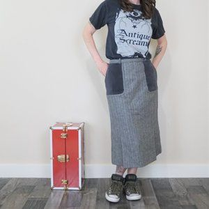 Vintage Valentino Wool Skirt with Velvet Pockets